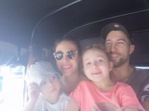 Déborah, William et les enfants